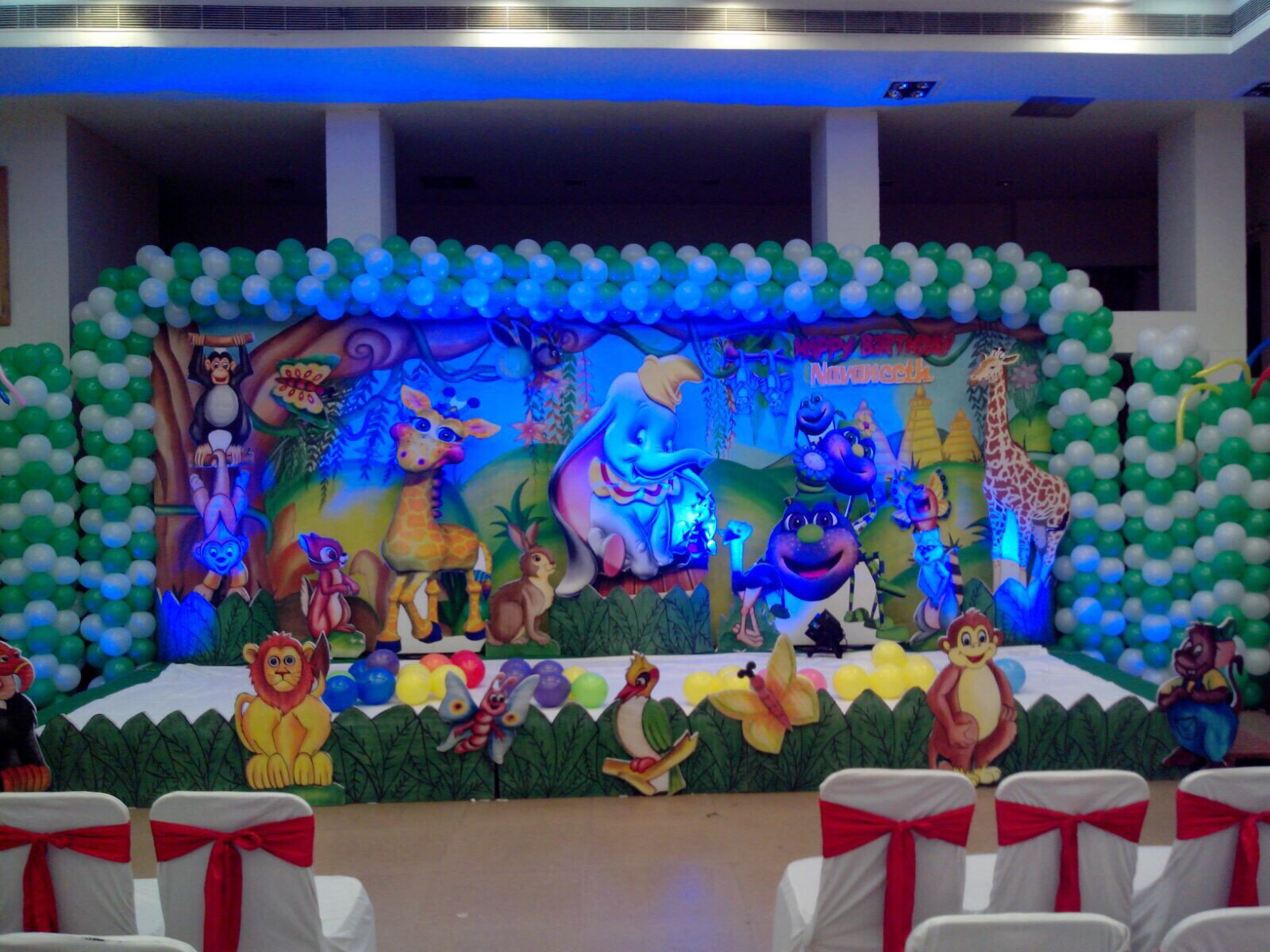 Birthday stage decoration pictures for Decoration ideas